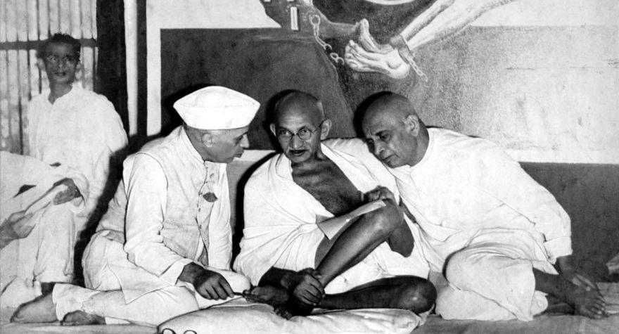 nehru_gandhi_and_patel_aicc_1946